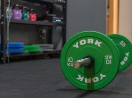 trening na siłowni dla piłkarza